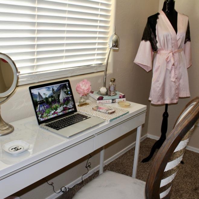 Gloss White Desk ~ Ikea $199